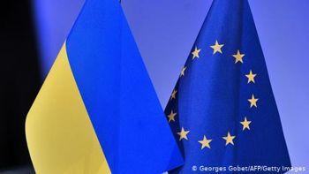 Корупція заважає реформам: головне у доповіді Європарламенту щодо України