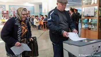 У Киргизстані обирають президента і форму правління в країні