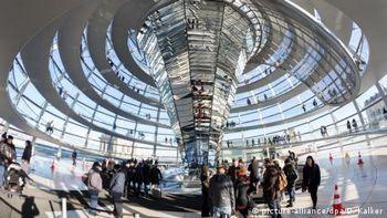 У Німеччині парламентських і урядових лобістів змусять реєструватися