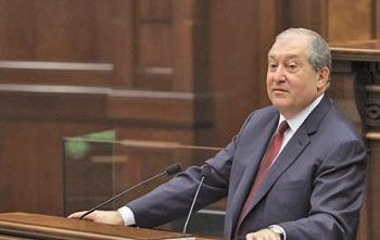 Новий президент та форма правління Вірменії