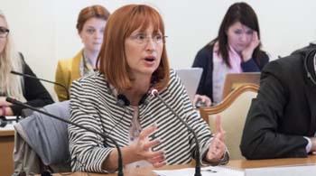 Очільниця антикорупційного управління Румунії подала у відставку