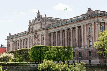 Парламент Швеції оголосив вотум недовіри прем'єр-міністру