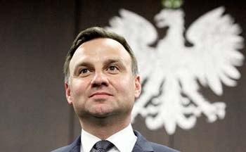 Президент Польщі пообіцяв провести конституційний референдум у листопаді