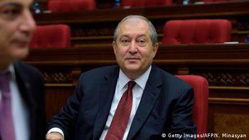 Президент Вірменії: Відставка прем'єра і позачергові вибори неминучі
