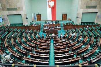 Уряд Польщі отримав вотум довіри парламенту