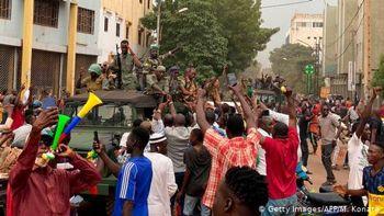 Заколот у Малі: військові заарештували президента і прем'єра